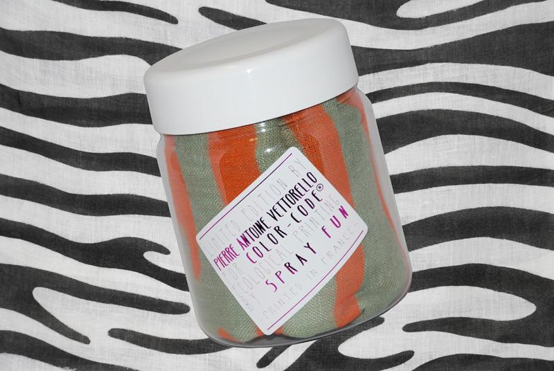 AW13-014-zebra4-Botl