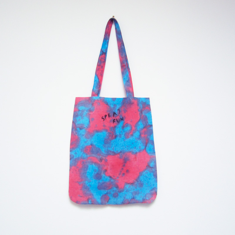 Tote_Red3Back